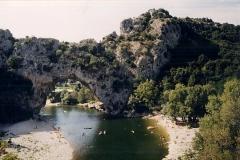 Pont-d-arc2
