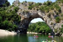 Ardèche mit Pont d'Arc